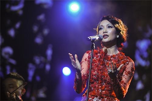 """Nhạc Việt bị """"thất sủng"""", Ca nhạc - MTV, nhac viet, khan gia viet, am nhac viet, show ca nhac, liveshow, san khau ca nhac, scandal nhac viet, ca nhac, am nhac, ca si"""