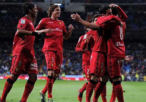 """La Liga trước V36: Nóng cuộc đua """"vé vớt"""" C1 - 2"""