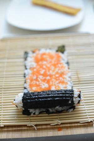 Cách làm sushi độc đáo, đẹp mắt - 4