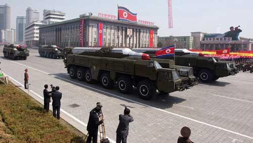 Triều Tiên có tới 200 bệ phóng tên lửa - 1