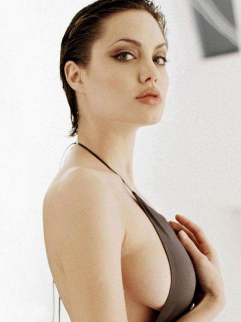 'Núi đôi' mới của Jolie sẽ đẹp hơn - 1