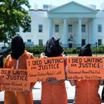 Tin tức trong ngày - Ông Obama đau đầu vì tù nhân tuyệt thực