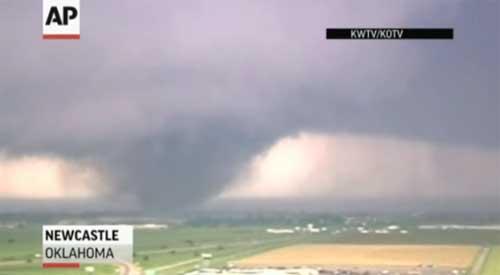 Mỹ: Ít nhất 51 người chết vì lốc xoáy lớn - 2