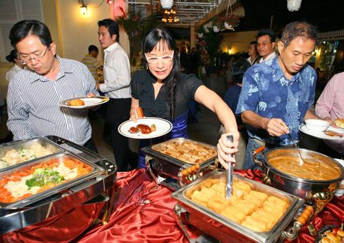 Buffet ngon Sài Gòn - 3