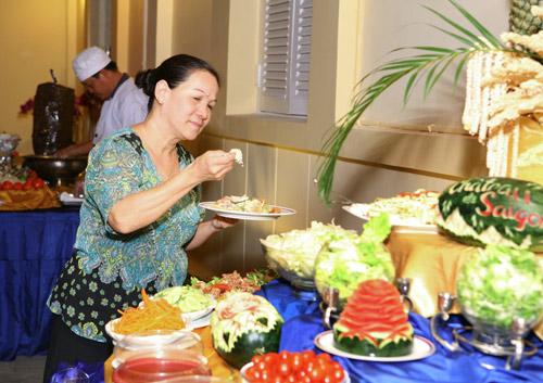 Buffet ngon Sài Gòn - 10