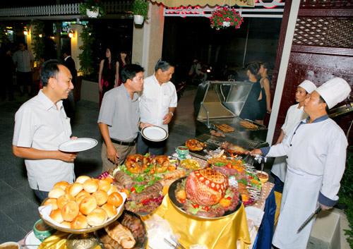 Buffet ngon Sài Gòn - 14