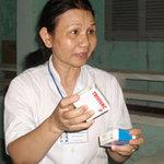 Sức khỏe đời sống - Tiêm vắc xin hết hạn do...đọc nhầm