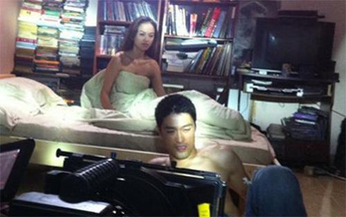 3 cảnh nóng để đời của Johnny Trí Nguyễn - 7