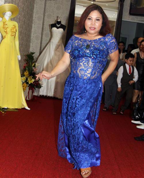 Mỹ nhân Việt mỏng hóa giá trị áo dài - 9