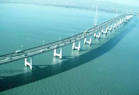 10 cây cầu dài nhất thế giới khiến du khách mê mẩn - 2