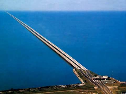 10 cây cầu dài nhất thế giới khiến du khách mê mẩn - 10