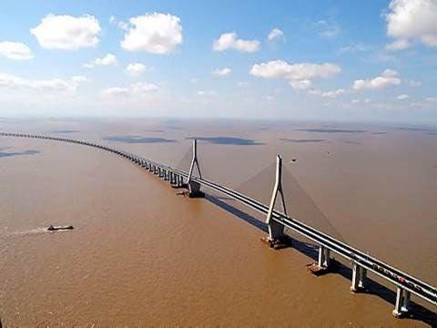 10 cây cầu dài nhất thế giới khiến du khách mê mẩn - 9