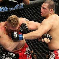 Cain Velasquez: Mãnh thú của UFC