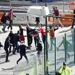 Bóng đá - CK Cup C1: CĐV Bayern-Dortmund hỗn chiến