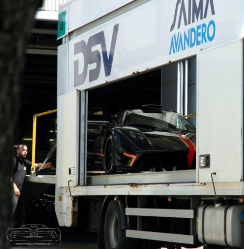 Zonda R Evolution giá khủng lộ diện - 4