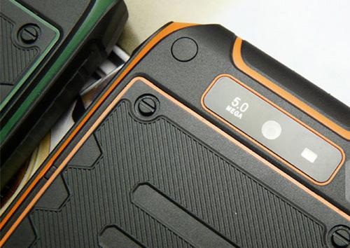 Lộ diện smartphone siêu bền, chống nước - 7