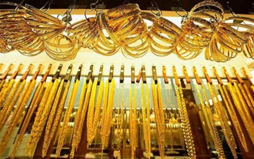 Hàng loạt quốc gia tăng cường mua vàng - 1