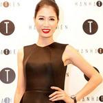 Thời trang - Trang Trần diện váy đen dự tiệc