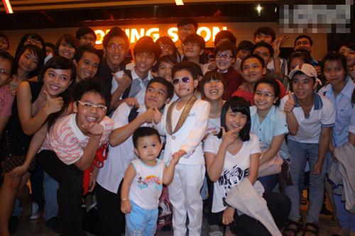 """Psy nhí gây """"náo loạn"""" Sài Thành - 11"""