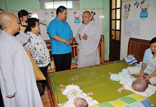 Minh Béo quyên góp gần 300 triệu từ thiện - 14
