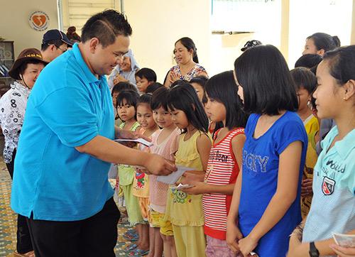Minh Béo quyên góp gần 300 triệu từ thiện - 15