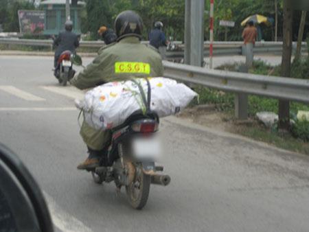 10 hình ảnh vui về cảnh sát giao thông - 8