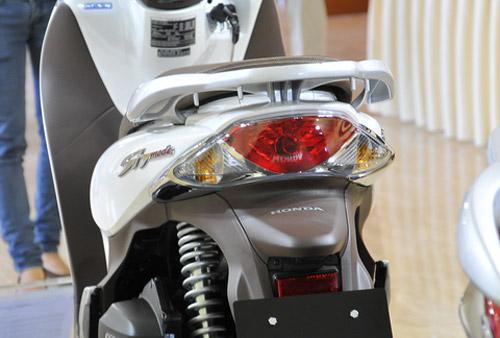 Honda SH mode giá 50 triệu đồng lên kệ - 8