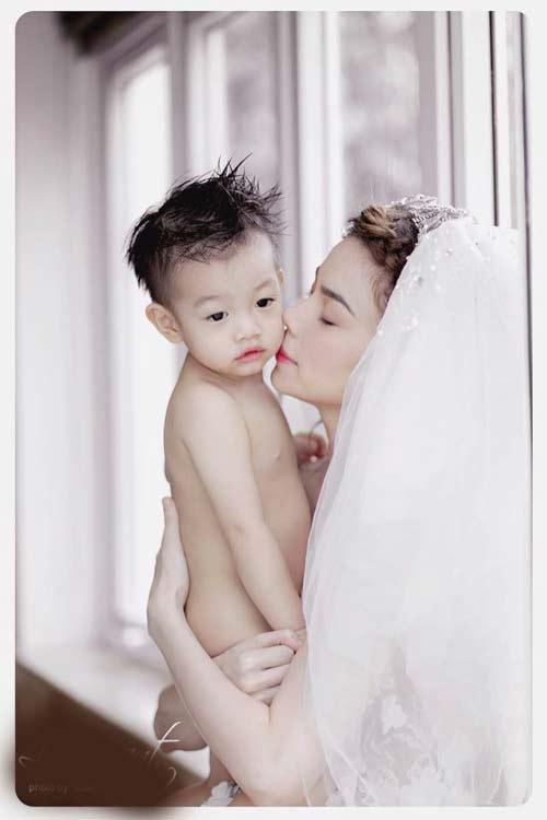 Những nhóc tì nổi tiếng của sao Việt - 3