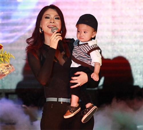 Những nhóc tì nổi tiếng của sao Việt - 12