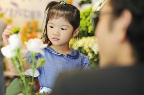 Những nhóc tì nổi tiếng của sao Việt - 19