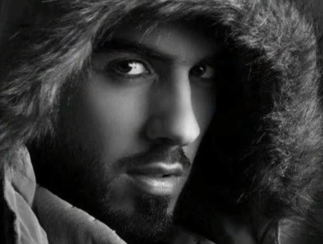 Tháng 4 vừa qua, tin 3 chàng trai Arab  bị trục xuất khỏi vương quốc Arab Saudi khi đang tham gia vào một lễ hội  văn hóa thường niên làm cả thế giới xôn xao. Và cái tên Omar Al Borkan Gala đã được cư dân mạng nhanh chóng tìm ra đầu tiên.