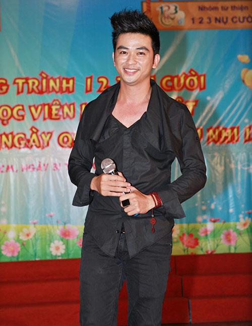Phi Thanh Vân nõn nà đi từ thiện - 10
