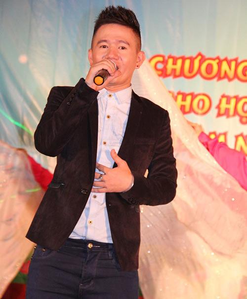 Phi Thanh Vân nõn nà đi từ thiện - 5