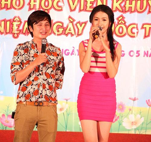 Phi Thanh Vân nõn nà đi từ thiện - 13