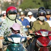 Thủ đô Hà Nội oi bức vào buổi trưa