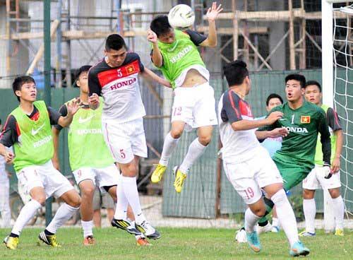 U23 VN-Kashima Antlers: Lính trẻ ra trận - 1