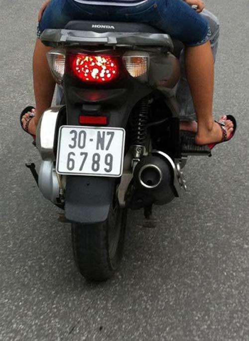 Ô tô-Xe máy - Biển số xe máy tiền triệu của Hà Nội (Hình 7).