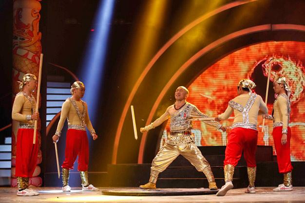 Lý Bằng Got Talent làm liveshow tri ân khán giả, Ca nhạc - MTV, kung fu ly bang, Vietnam's Got Talent, liveshow, tri an khan gia, mon an tinh than, kung fu, ngoi sao