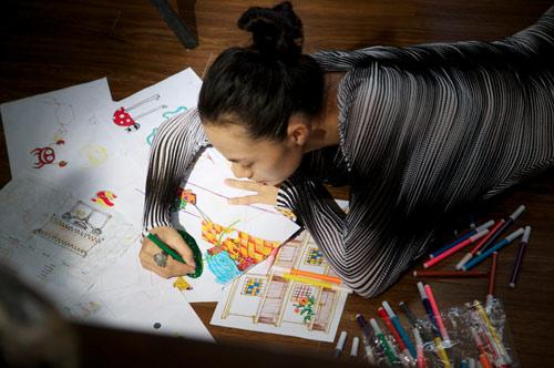 Tinna Tình bỏ hát học hội họa, Ca nhạc - MTV, Tinna Tinh, ca hat, hoi hoa, ve tranh, bao ve moi truong, ca sy, ngoi sao, tin tuc