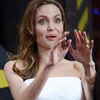 Angelina xõa mạnh ở Berlin