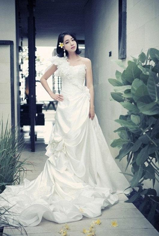 Choáng vì chi phí đám cưới Lee Byung Hun - 3