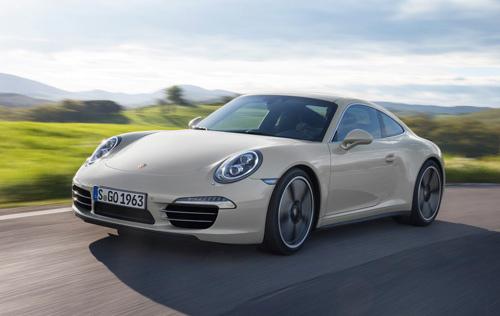 Porsche 911 bản đặc biệt giá 124.100 USD - 3