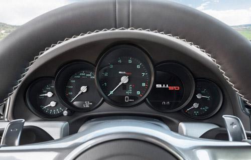 Porsche 911 bản đặc biệt giá 124.100 USD - 8
