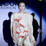 """Thời trang - Những chiếc váy """"bảo vệ môi trường"""""""