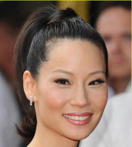 Trang điểm đơn giản như Lucy Liu - 1