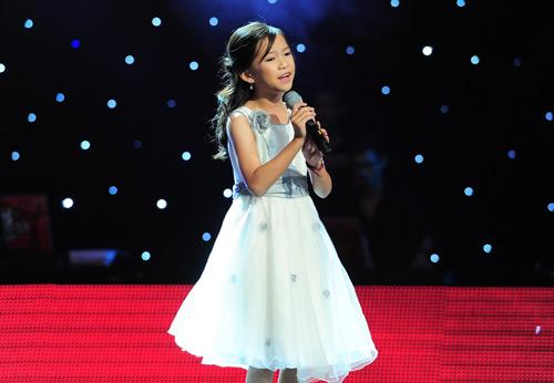 Cô bé 10 tuổi khiến Hiền Thục bật khóc - 11