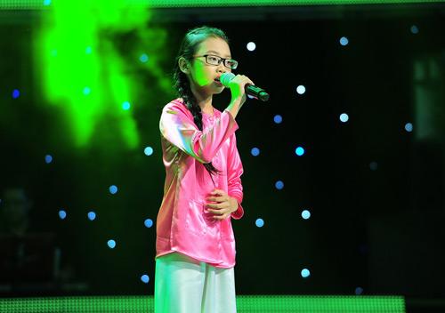Cô bé 10 tuổi khiến Hiền Thục bật khóc - 1