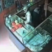 Nổ súng cướp tiệm vàng ở Thái Nguyên