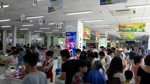 """Topcare Minh Khai """"làm nóng"""" thị trường điện máy - 3"""