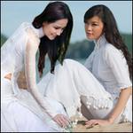 Thời trang - Hoa hậu Việt tinh khôi với áo dài